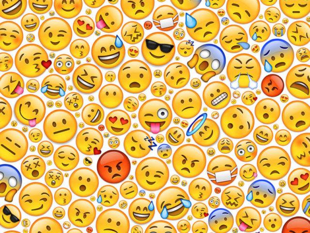 Você sabe qual é o filme pelos emojis? 📽😜