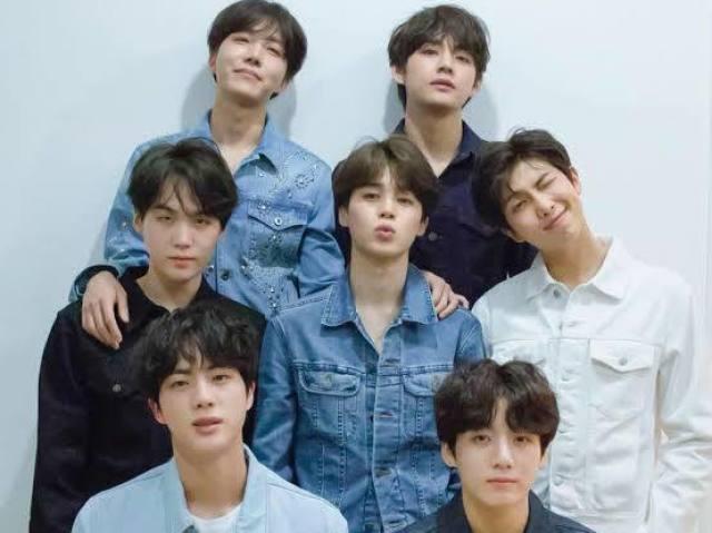 Qual membro do BTS formaria um parzinho com você?