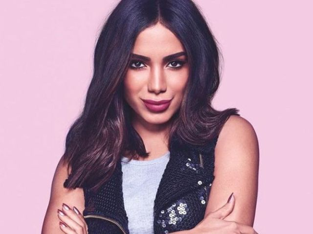 Qual música da Anitta lhe representa?