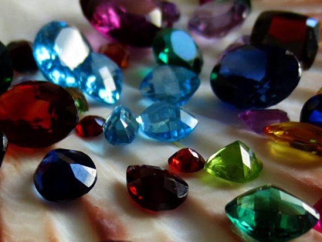 Você conhece as pedras preciosas?