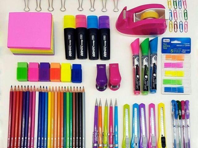 Monte seu material escolar e diremos qual é o estilo!