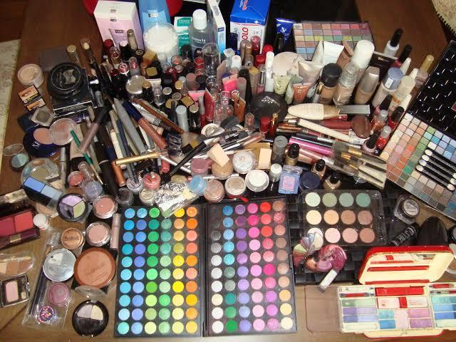 Monte sua maquiagem!