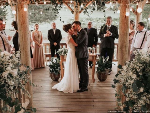 Descubra seu vestido de noiva!