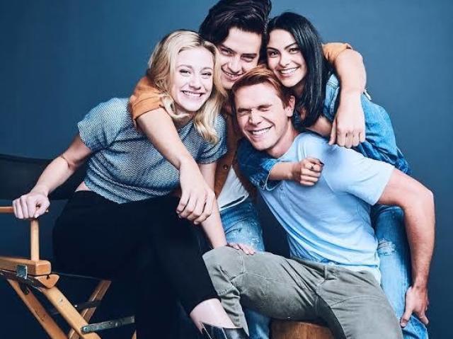 Qual personagem de Riverdale seria seu/sua namorado(a)?