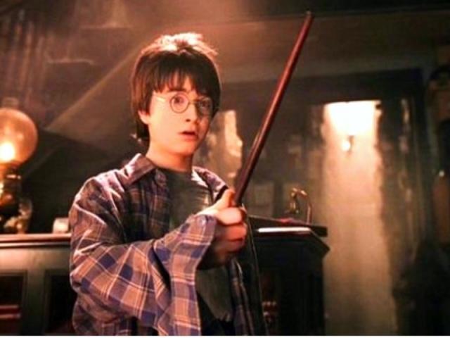 Ollivander's: Qual varinha você levaria para Hogwarts?