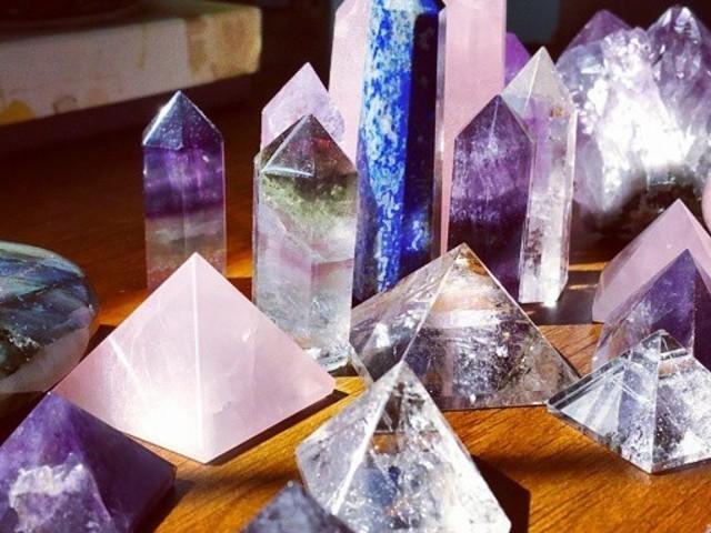 Qual pedra preciosa lhe representa?