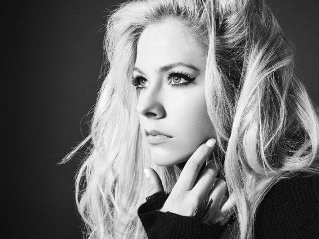 Você conhece as músicas de Avril Lavigne pelo vídeo?