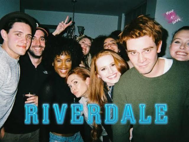 Qual personagem de riverdale você séria?