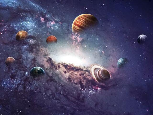 Será que você consegue reconhecer os planetas pelas as fotos?