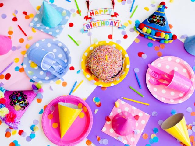 Qual comida de festa de aniversário te representa?
