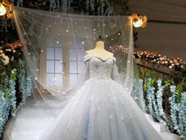 Como será o seu vestido de casamento dos sonhos?