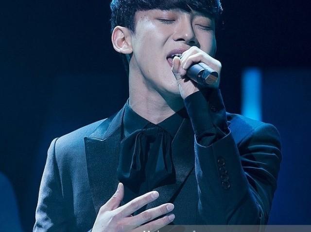 Você acordaria com a voz de qual membro do EXO?
