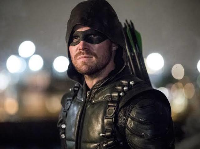 Quem você seria em Arrow? (arqueiro verde)