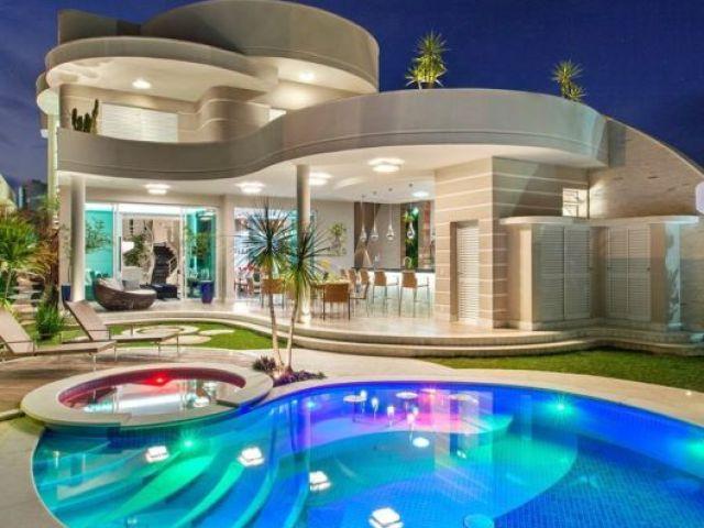 Monte sua casa dos sonhos! ❤️