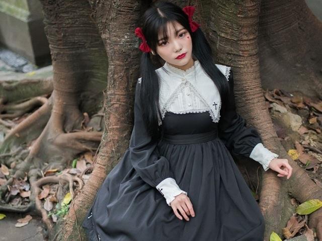 Como será o seu vestido Lolita gótica?