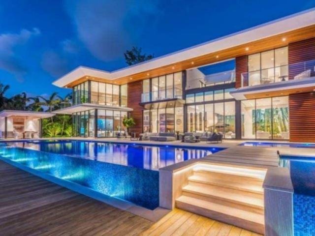 Monte sua casa e diremos que estilo de casa mais combina com você!