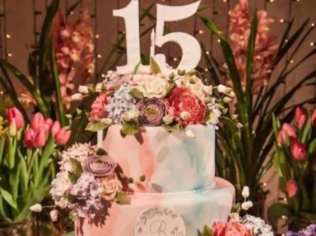 Como será a sua festa de 15 anos!?