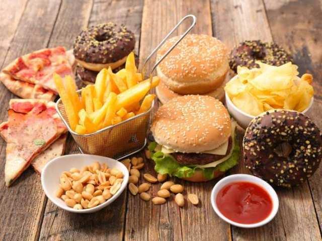 Que comida de fast food combina com você?