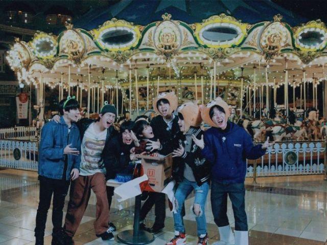 BTS RPG: Um dia no parque de diversões.