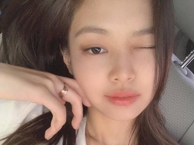 🖤• O que a Jennie seria sua? •🖤