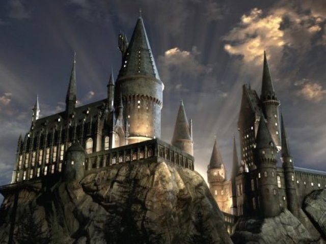 Monte sua vida em Hogwarts!