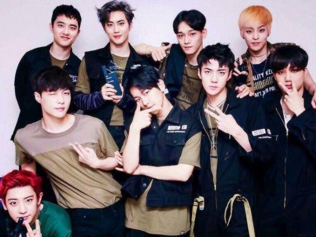 Monte seu look e descubra quem do EXO te convidaria para sair!