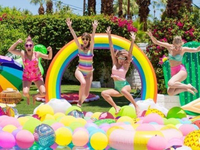 Como seria sua festa na piscina?