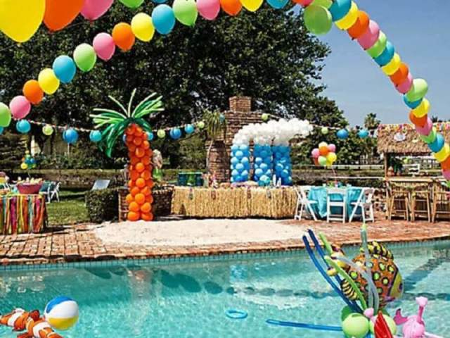 Festa na piscina 🔱🎉