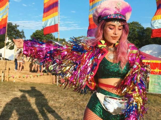 Monte seu look de carnaval e diremos qual é o seu estilo!