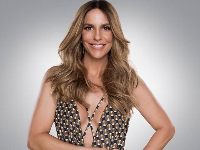 Monte um look e diremos qual cantora brasileira você seria!