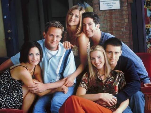 Qual personagem de Friends passaria a quarentena com você? Faça o teste!
