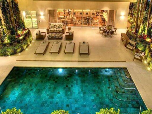 Monte sua festa na piscina!