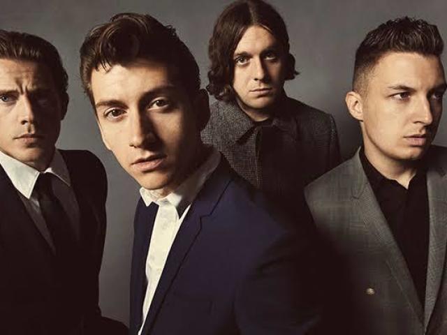 Qual membro de Arctic Monkeys mais combina com você?