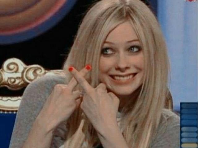 •Qual música da Avril Lavigne mais combina com você?•