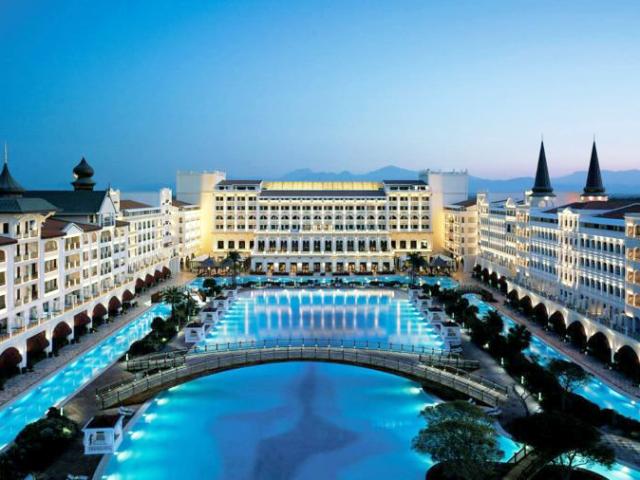 Hospede-se em um hotel de luxo e diremos para qual país você deveria viajar!