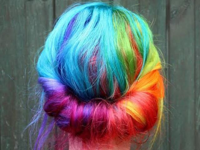 Qual vai ser a cor do seu cabelo no futuro?
