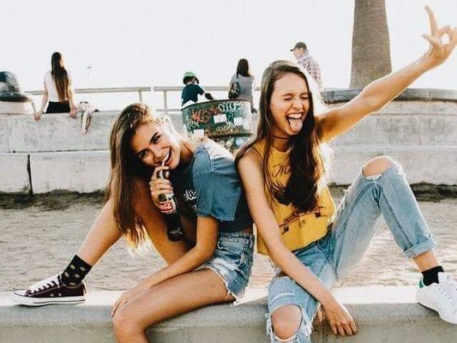 ♡•Monte um dia com a sua amiga•♡ |•Quiz RPG