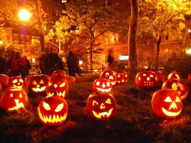Monte sua festa de Halloween e te digo qual famoso(a) irá em sua festa!🎃🧡