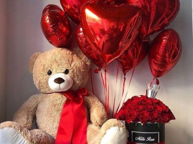 Monte seu dia dos namorados e diremos qual famoso(a) passaria a data com você!