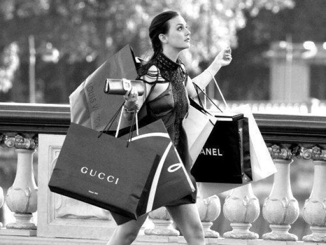 Monte seu dia de compras luxuoso