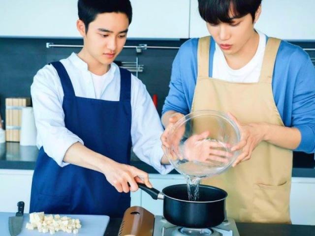EXO RPG: Meu cozinheiro particular