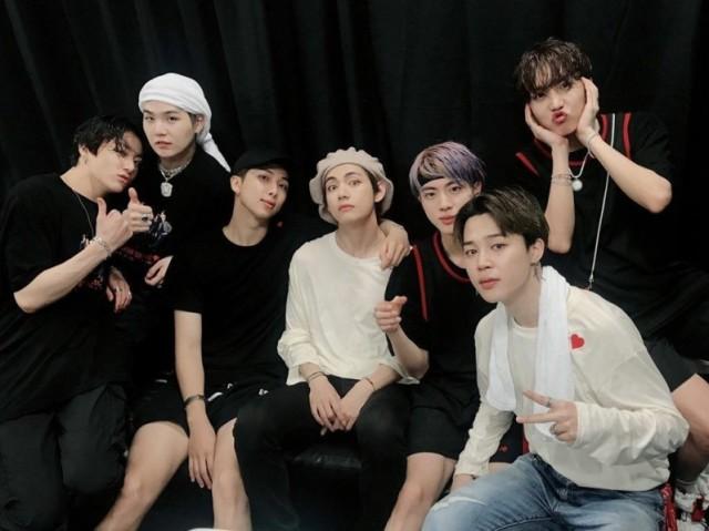 Qual membro do BTS é seu namorado?