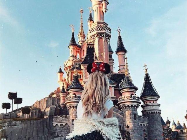 Monte um dia no parque de diversões e diremos qual princesa Disney você seria!