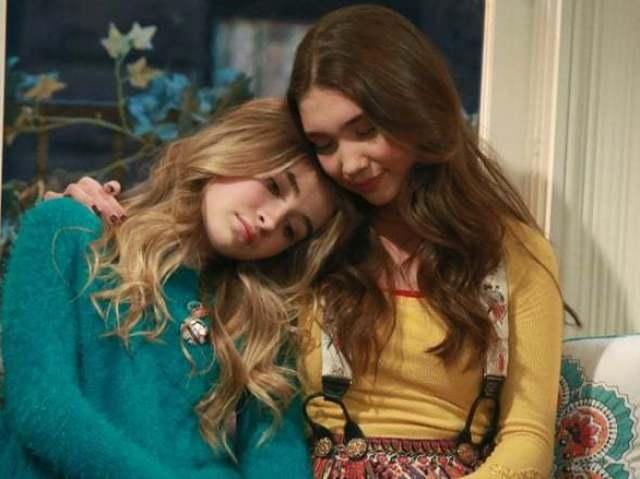 Garota Conhece o Mundo: Você é mais Riley ou Maya?