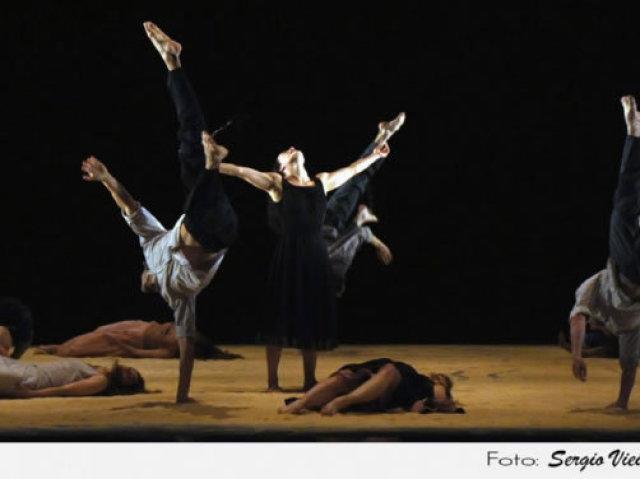 ARTE - Experimentação em Dança