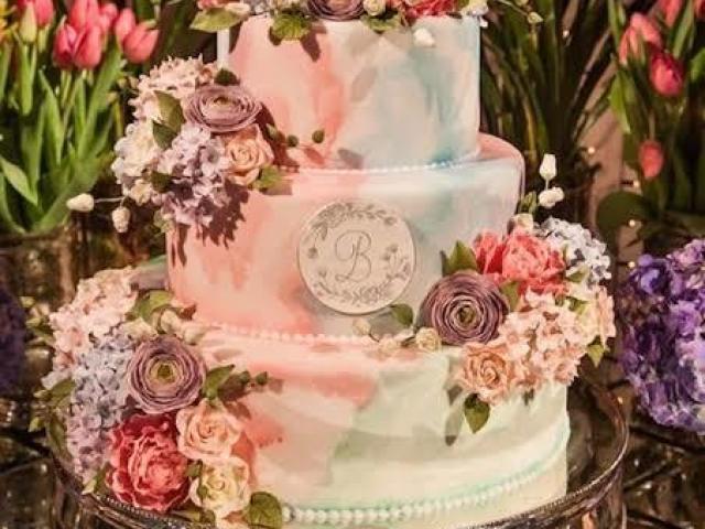 Como será seu bolo de 15 anos!?