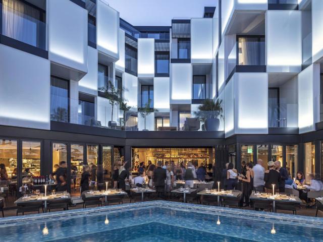 Crie seu hotel luxuoso ⭐