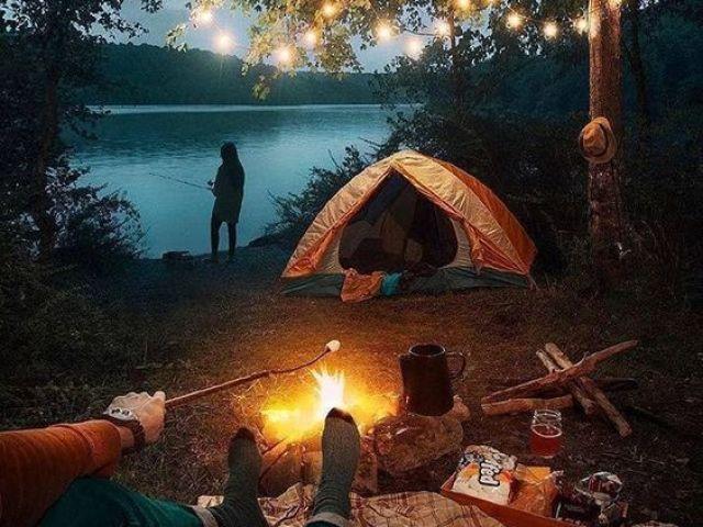 - Monte seu dia de acampamento! -