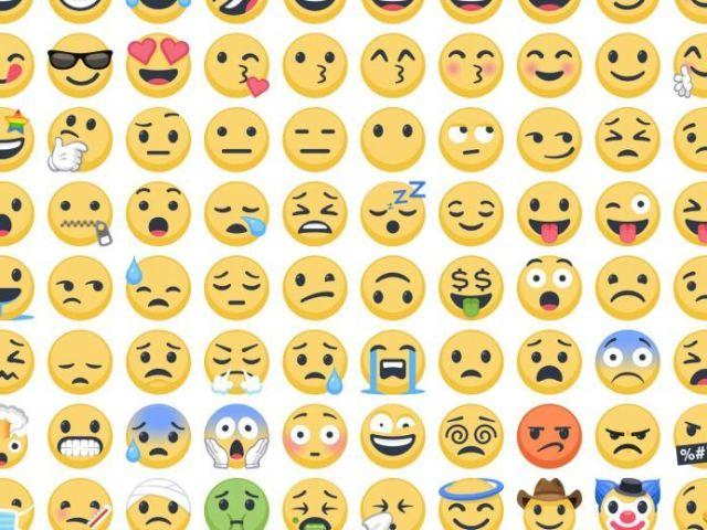 Descubra o filme com emojis