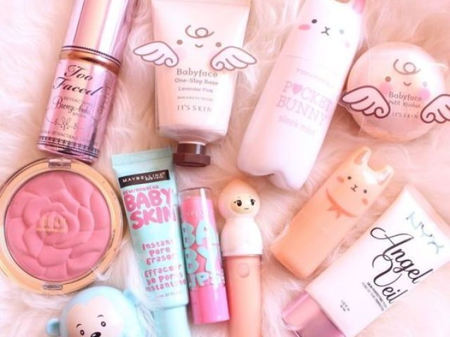 ~ Monte sua coleção de maquiagens ~